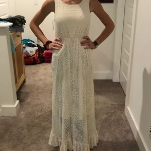 Cream, floor length dress, lace/flowery